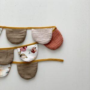 banderolas de algodón de flores